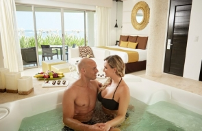 desire resort Oceanfront Passion Suite