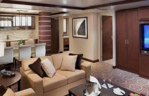Curaçao Swingers Cruise 2022 Royal Suite